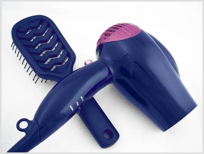 Saiba como limpar secador de cabelo.