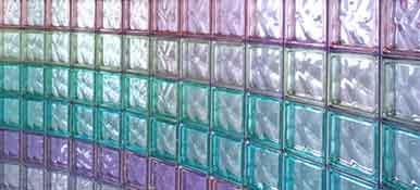 Como limpar blocos ou tijolos de vidro.