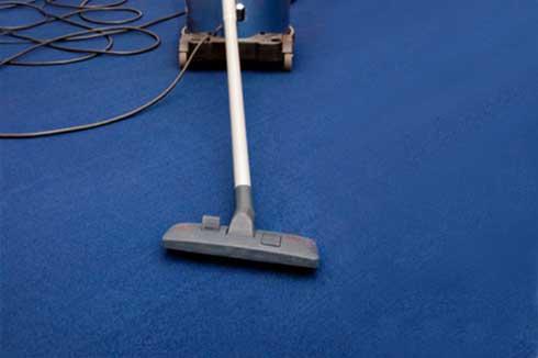 Limpar o carpete.
